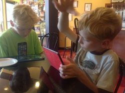 Twins Blogging at Beanz