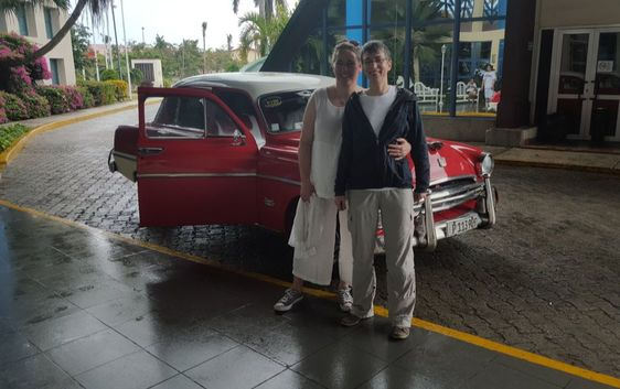Tatiana and Vera Cuba Car Picture