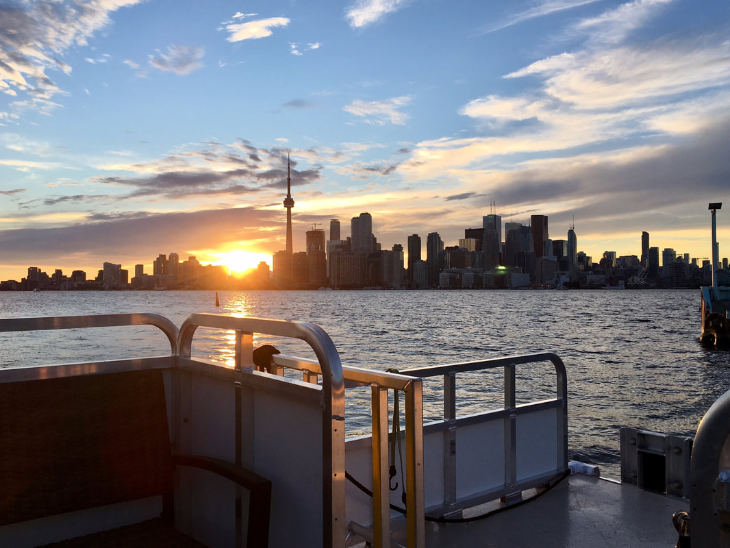 water taxi sunset toronto Picture